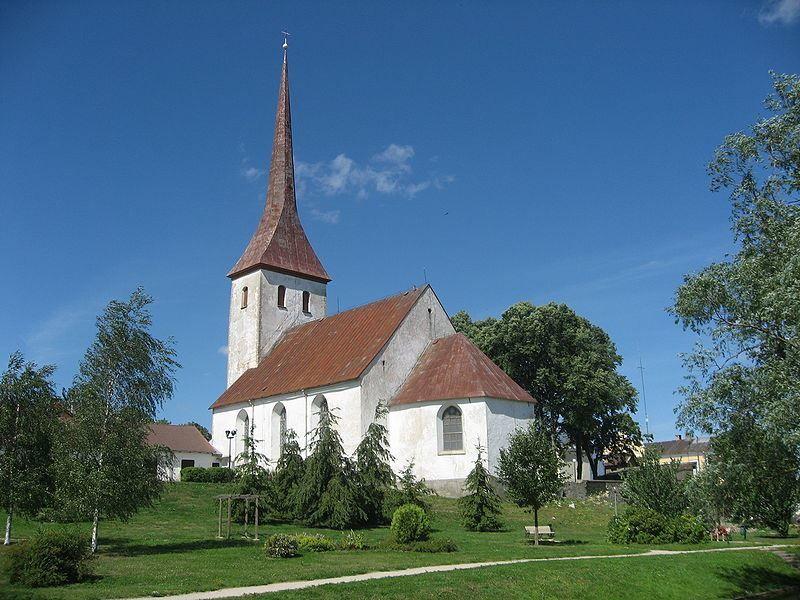 Троицкая церковь город Раквере
