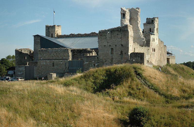 Замок город Раквере