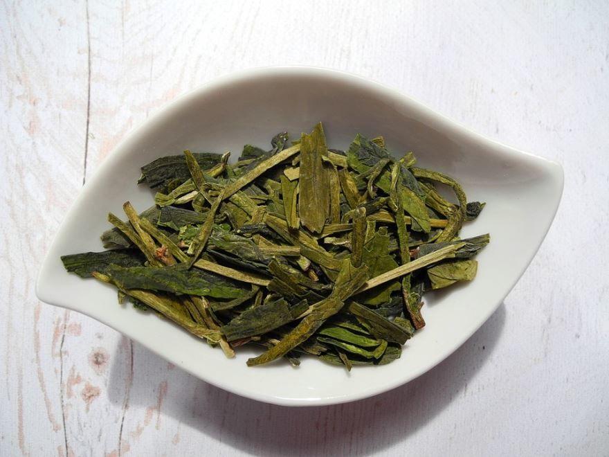 Купить фото зеленого, листового чая? Скачайте бесплатно