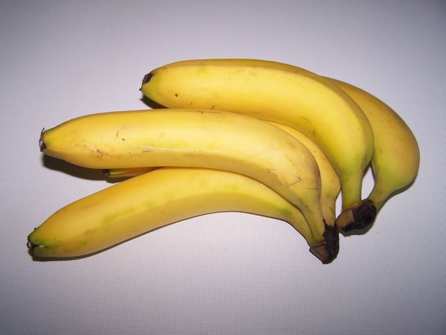 Скачать фото бананов, обладающих пользой и вредом для организма