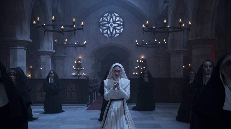 Фото и картинки фильма проклятие монахини, который вышел в кинотеатре в 1080 hd