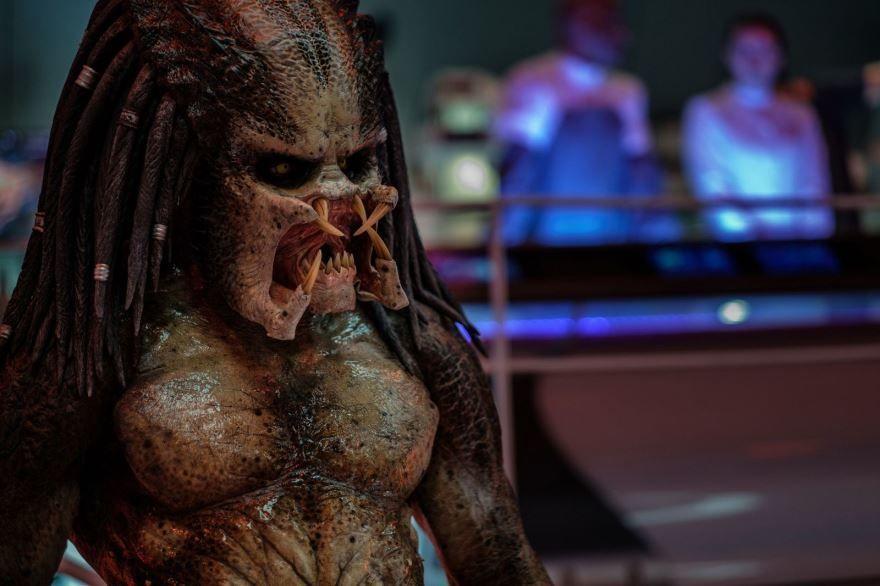 Фото и картинки фильма хищник 2, который вышел в кинотеатре в 1080 hd