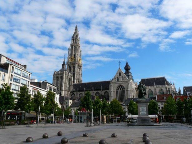 Смотреть красивое фото город Антверпен 2019