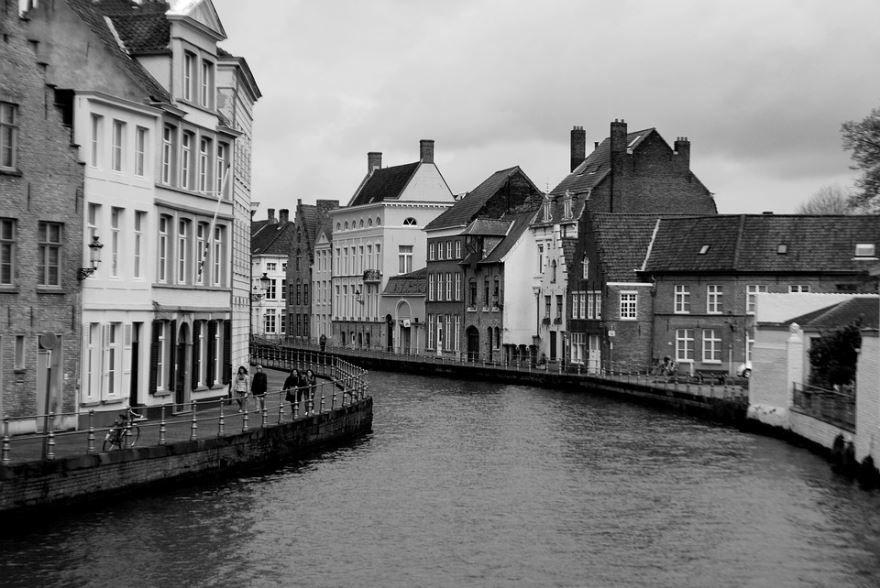 Скачать онлайн бесплатно лучшее фото город Брюгге в хорошем качестве