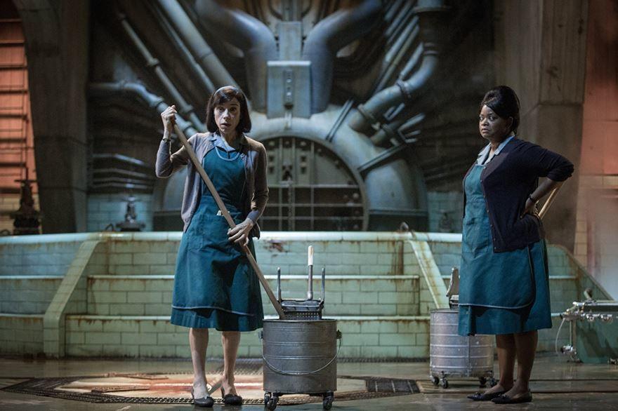 Фото и картинки фильма форма воды, который вышел в кинотеатре в 1080 hd