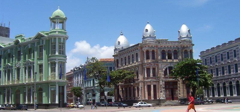 Улица города Ресифи Бразилия