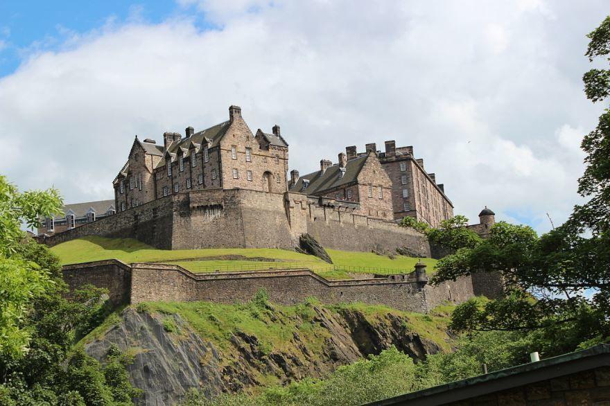 Замок город Эдинбург Великобритания