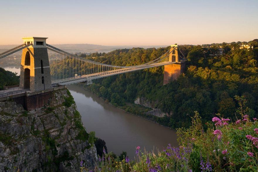 Смотреть красивое фото город Бристоль