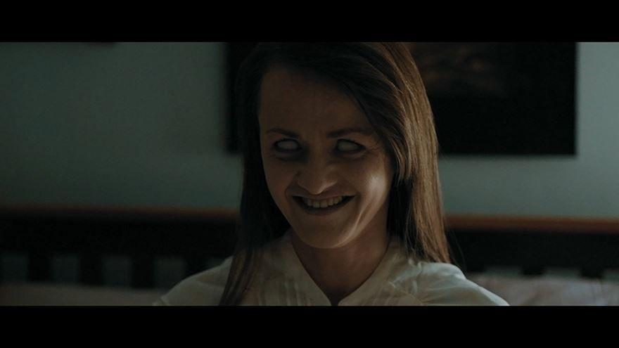 Бесплатные кадры к фильму Селфи из ада в качестве 1080 hd