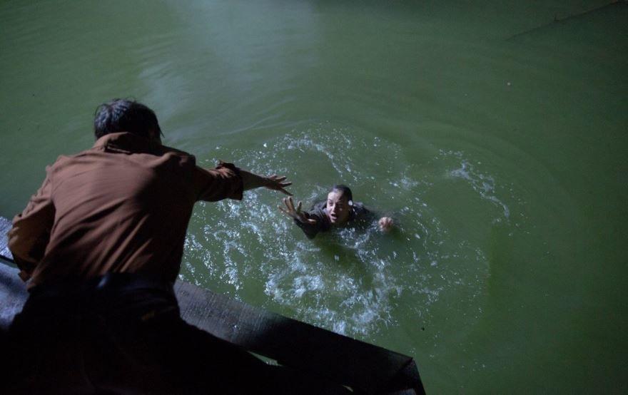 Смотреть бесплатно постеры и кадры к фильму Русалка. Озеро мертвых онлайн