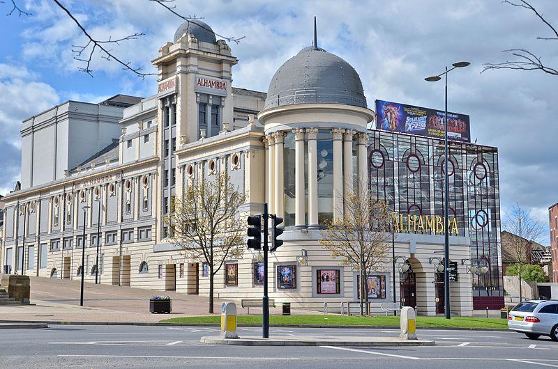 Театр города Брэдфорд Великобритания