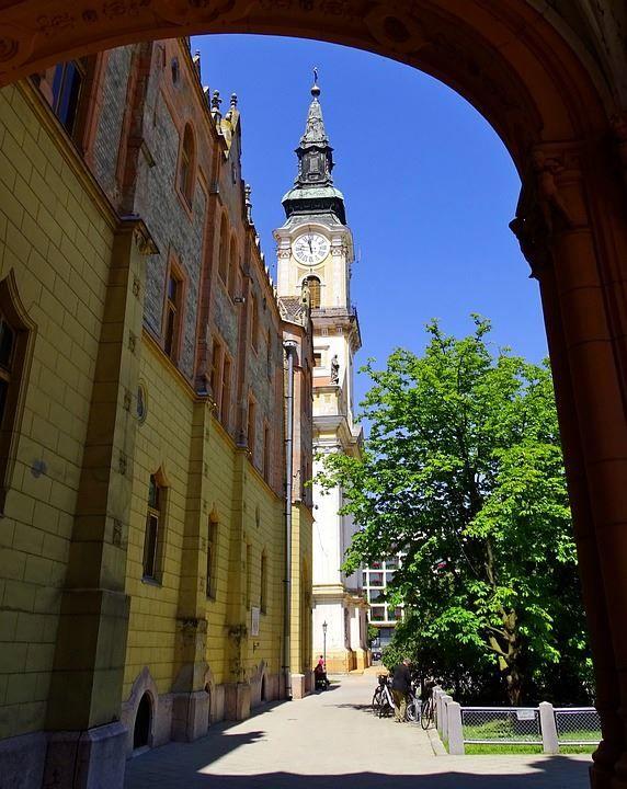 Скачать онлайн бесплатно лучшее фото город Кечкемет в хорошем качестве