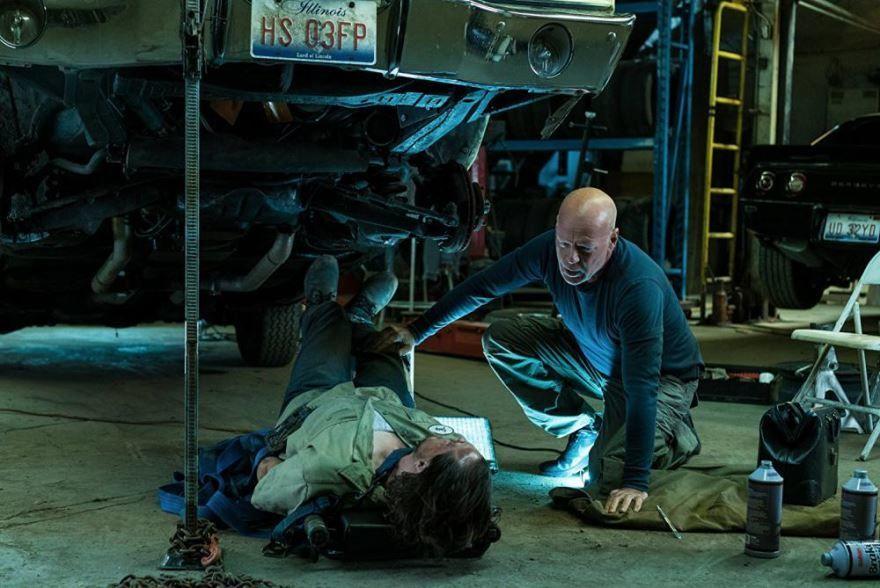 Смотреть бесплатно постеры и кадры к фильму Жажда смерти онлайн