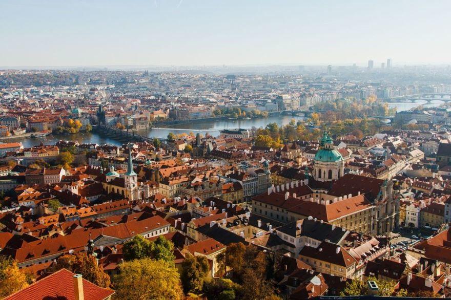 Панорама город Градец-Кралове