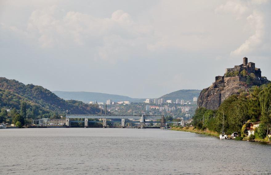 Река Эльба город Усти-над-Лабем Чехия