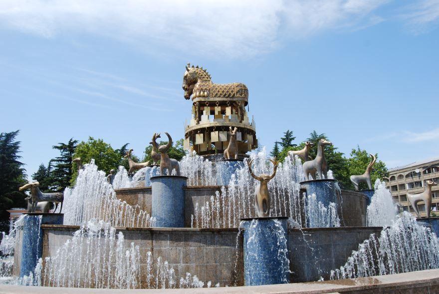 Достопримечательности фонтан город Кутаиси