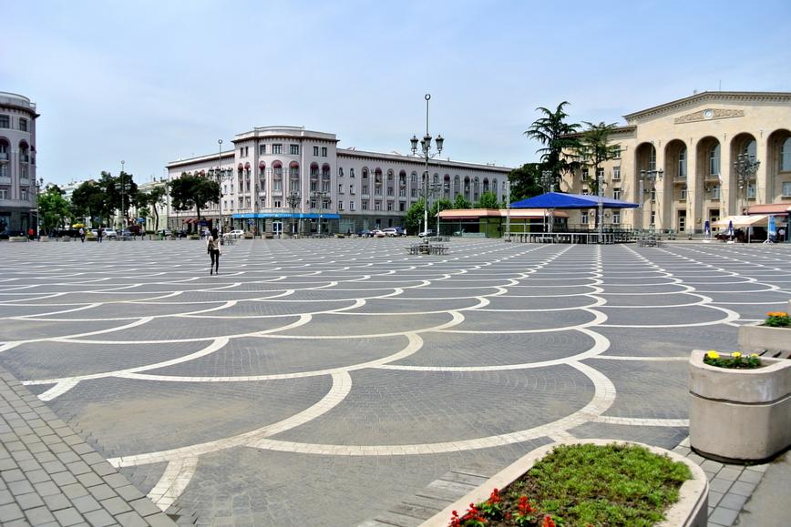 Площадь город Рустави