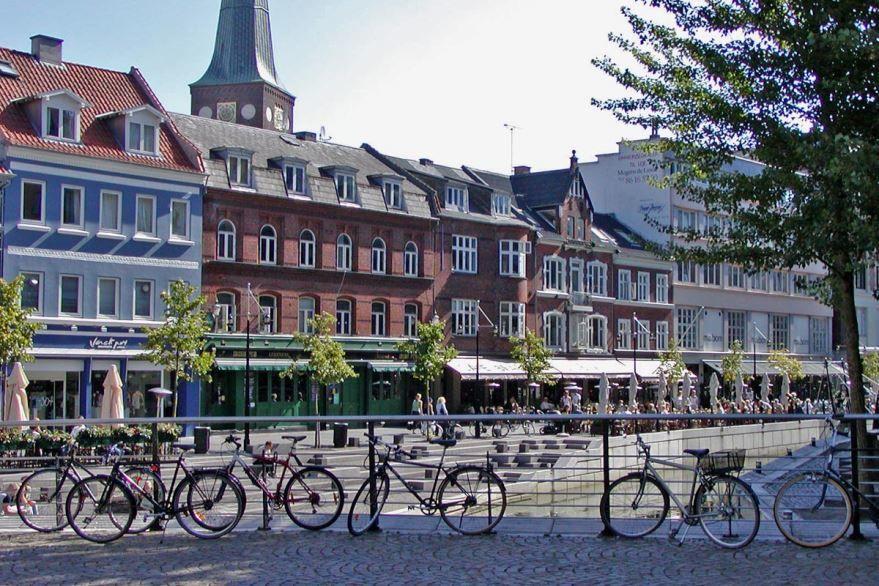 Скачать онлайн бесплатно лучшее фото город Орхус в хорошем качестве