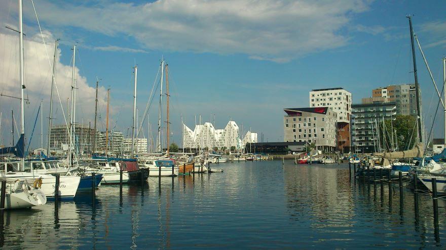 Порт города Орхус Дания