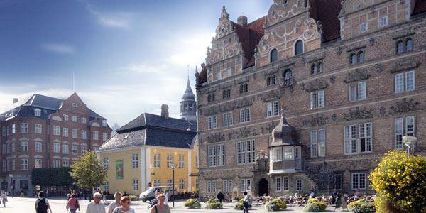 Смотреть красивое фото город Ольборг