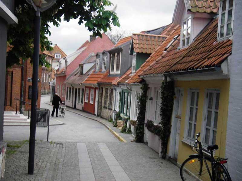 Скачать онлайн бесплатно лучшее фото город Ольборг в хорошем качестве