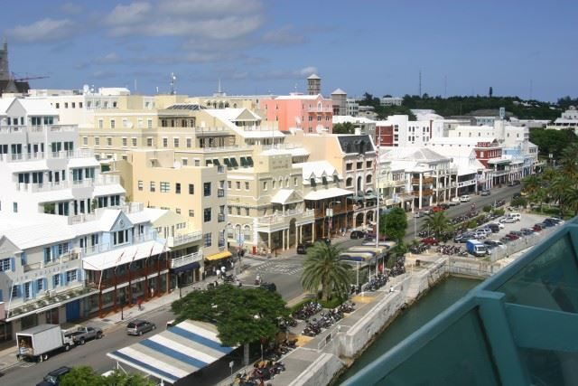 Вид сверху город Гамильтон Бермудские острова