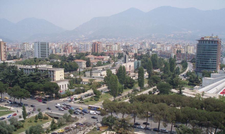 Фото города Тирана Албания