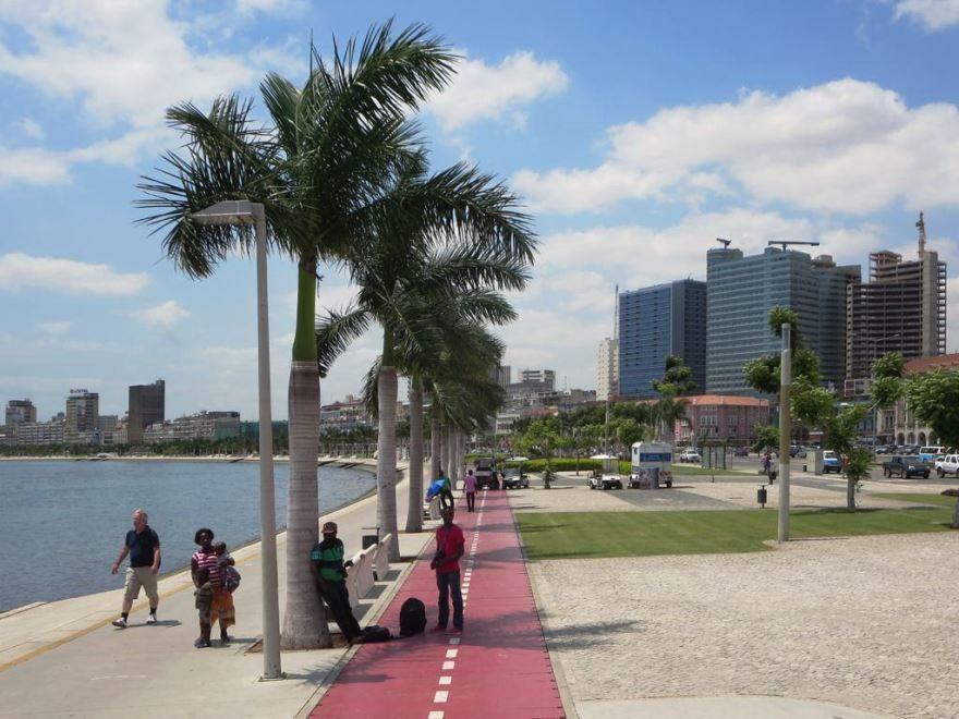 Набережная город Луанда Ангола