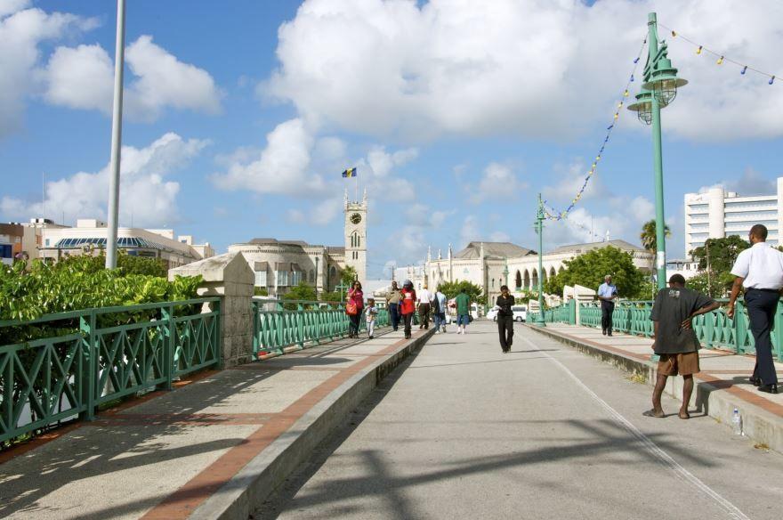 Смотреть красивое фото город Бриджтаун Барбадос