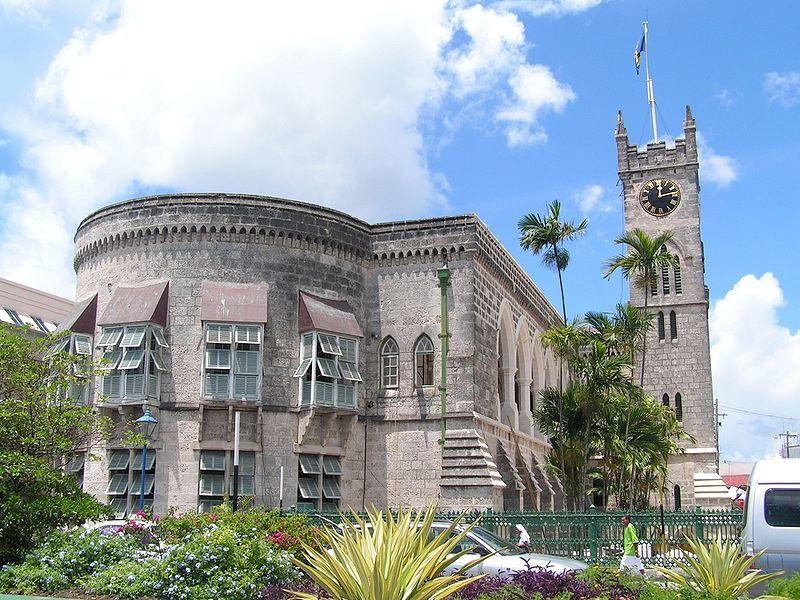 Здание парламента город Бриджтаун