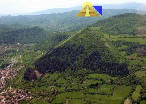 Фото пирамида города Високо Босния