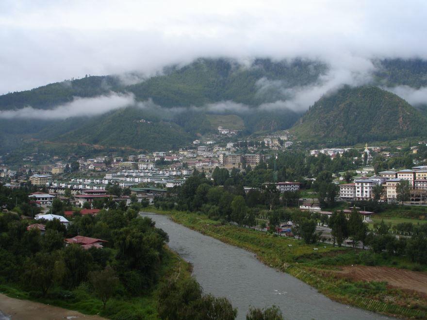 Фото города Тхимпху Бутан