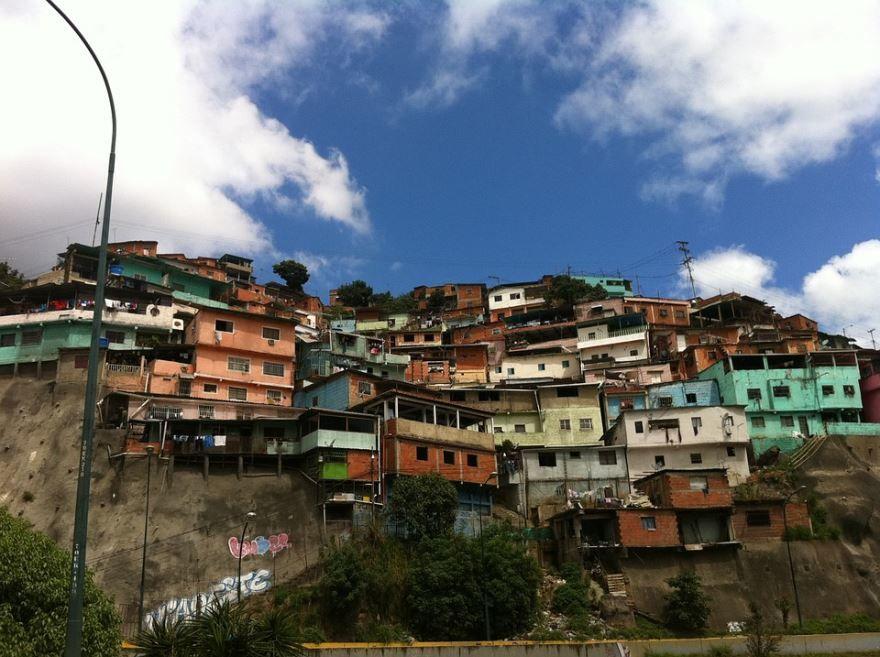 Скачать онлайн бесплатно лучшее фото город Каракас в хорошем качестве