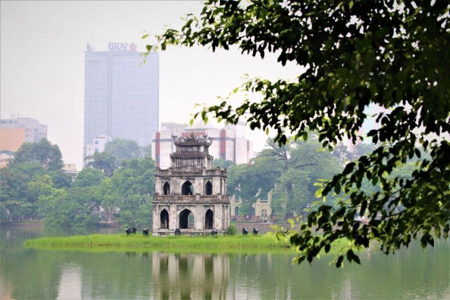 Озеро города Ханой Вьетнам