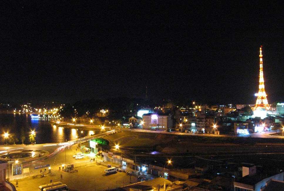 Смотреть красивое фото город Далат