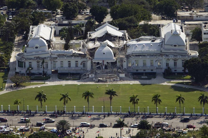 Смотреть красивое фото город Порт-о-Пренс