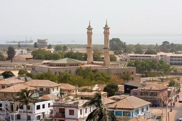 Панорама города Банжул