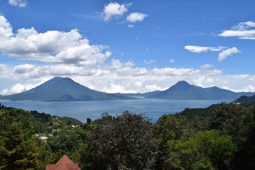 Вид на город Гватемала