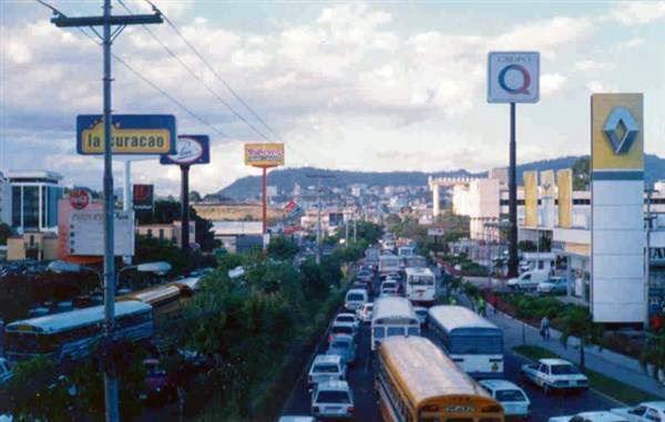 Улица город Тегусигальпа 2019