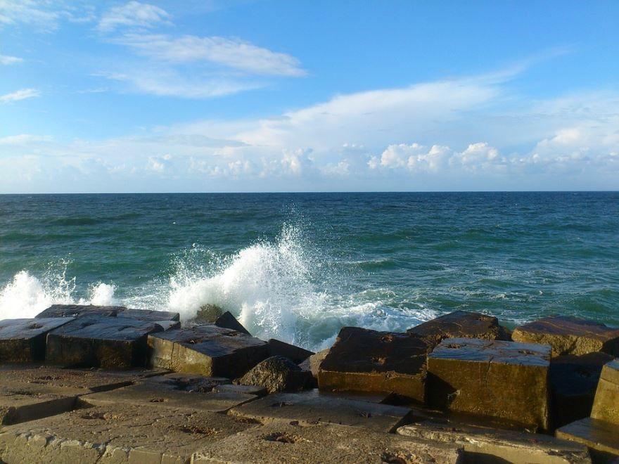 Средиземное море Александрия