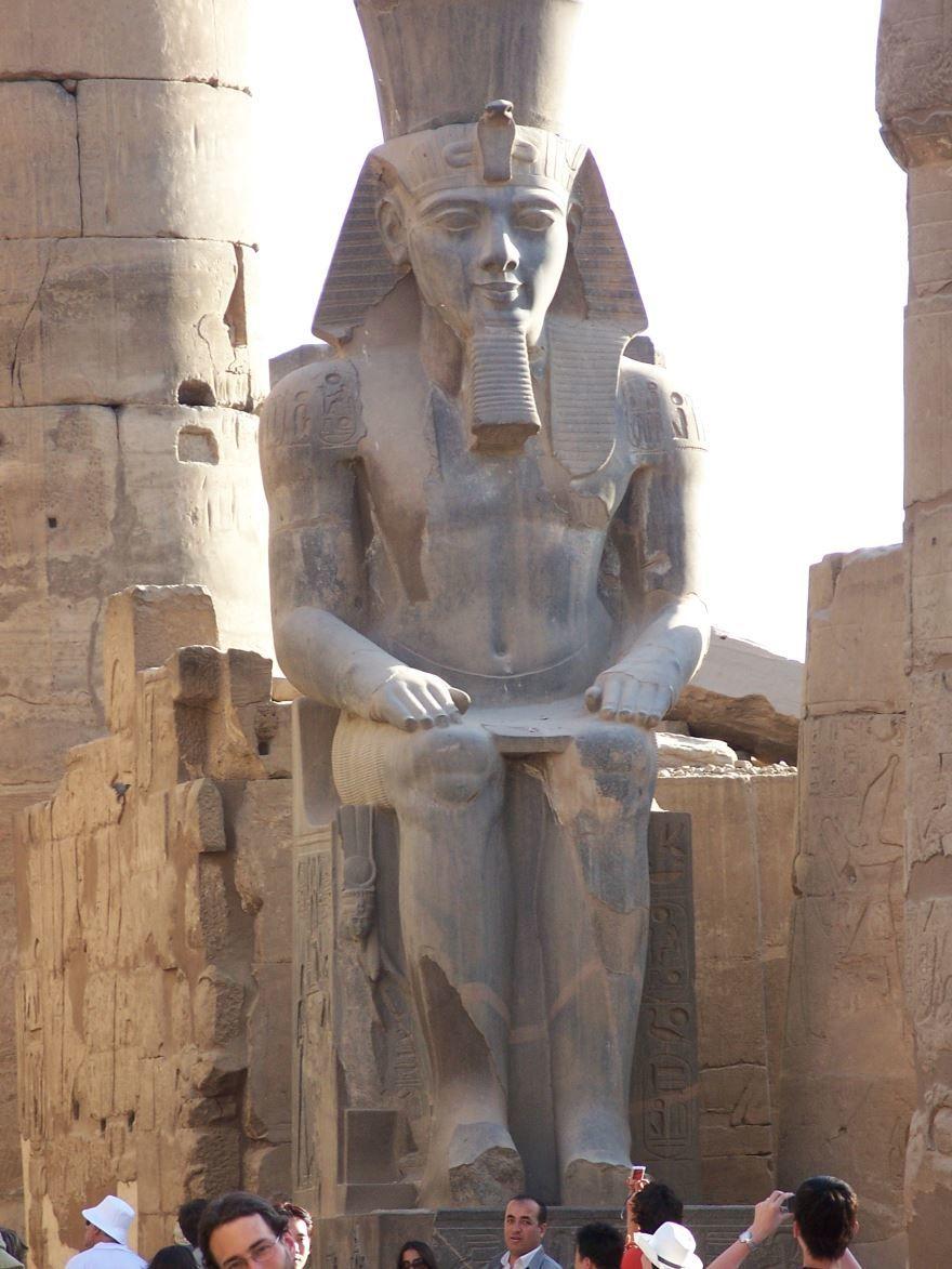 Смотреть красивое фото достопримечательности город Луксор