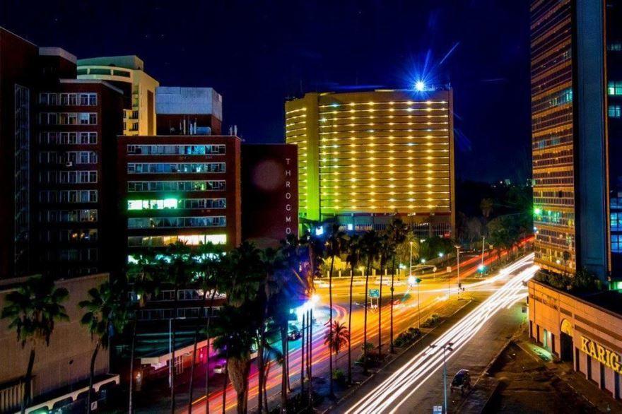 Ночное фото города Хараре Зимбабве