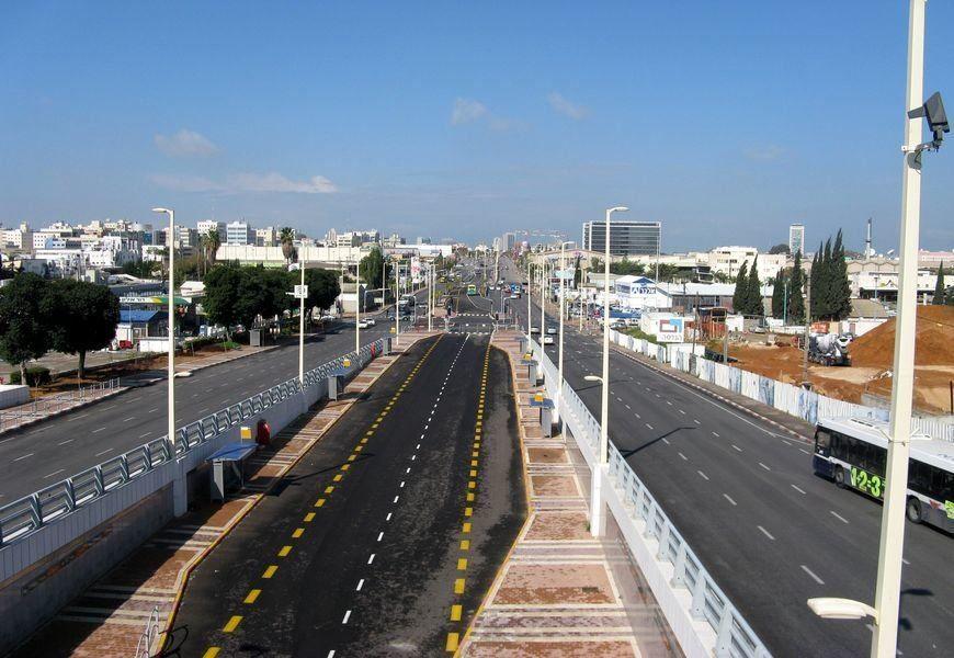 Фото города Петах-Тиква Израиль