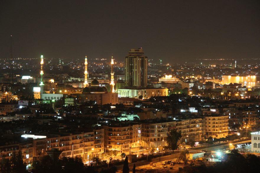 Ночное фото города Бат-Ям Израиль