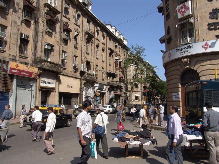 Улица город Мумбаи
