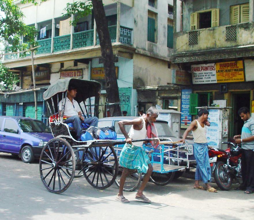 Улица города Калькутта Индия