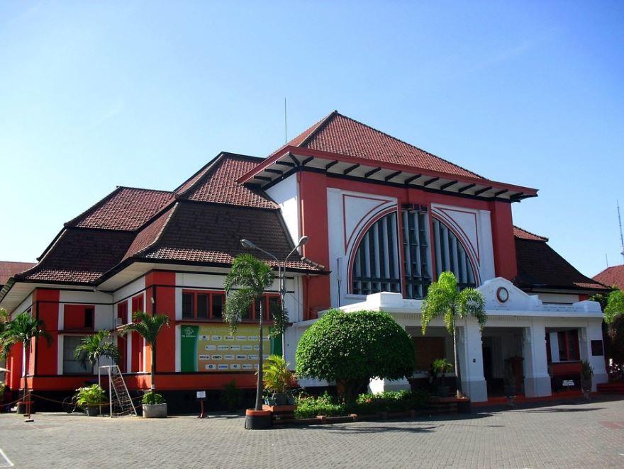 Фото города Сурабая Индонезия