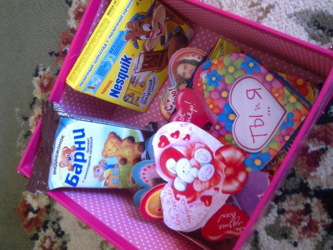 Что можно подарить девушке на 14 февраля