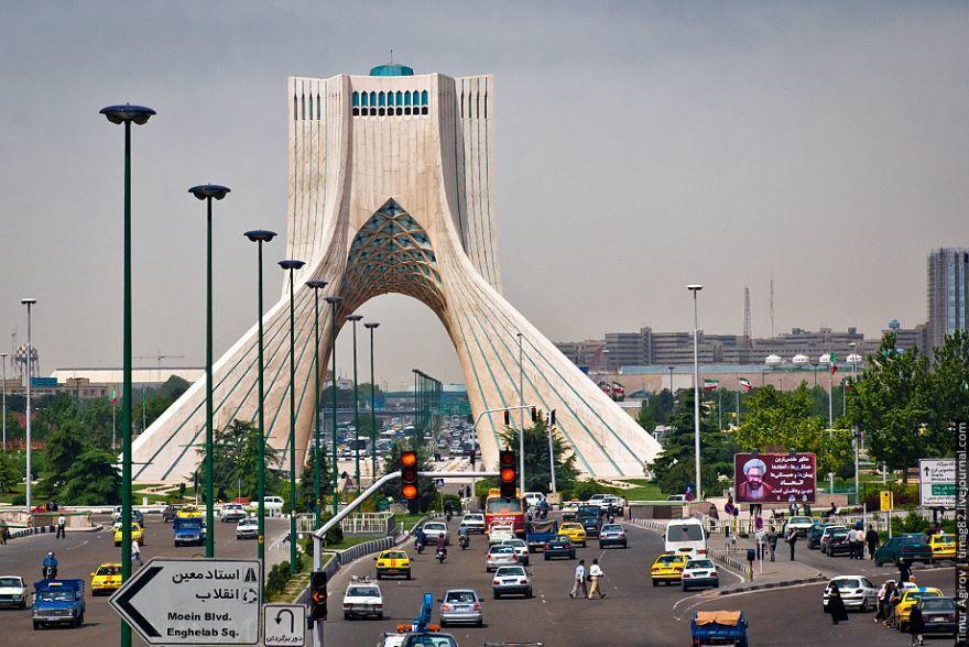 Скачать онлайн бесплатно лучшее фото город Тегеран в хорошем качестве