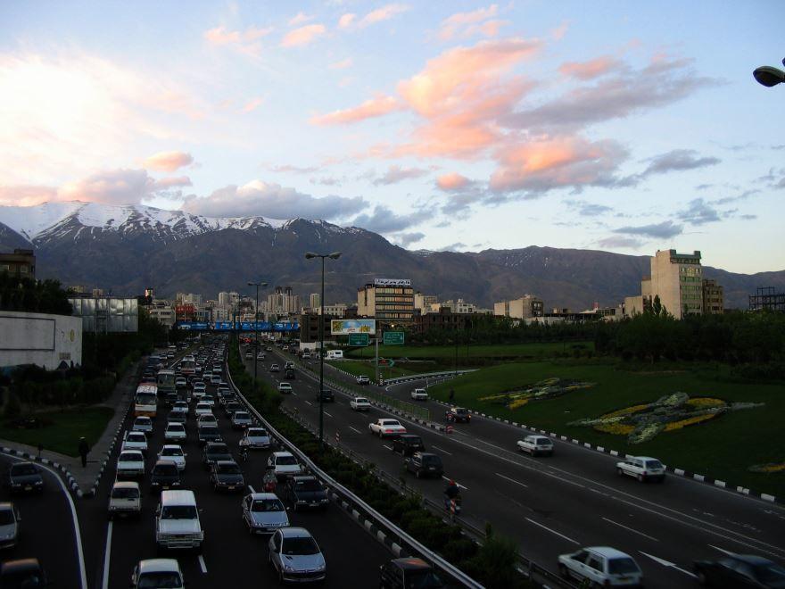 Улица города Тегеран